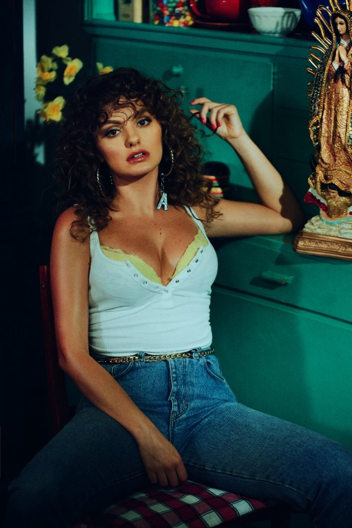 Alexandra stan releases single and video for mami news although the video was shot in romania directed by bogdan paun and director of photography alexandru muresan the inspiration for it was a mexican thecheapjerseys Choice Image
